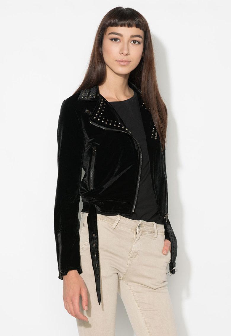 Jacheta neagra catifelata cu tinte