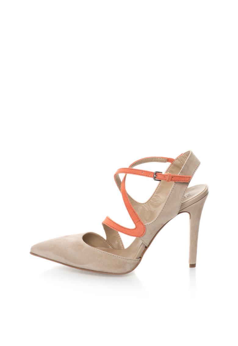 Pantofi grej si corai de piele intoarsa cu decupaje