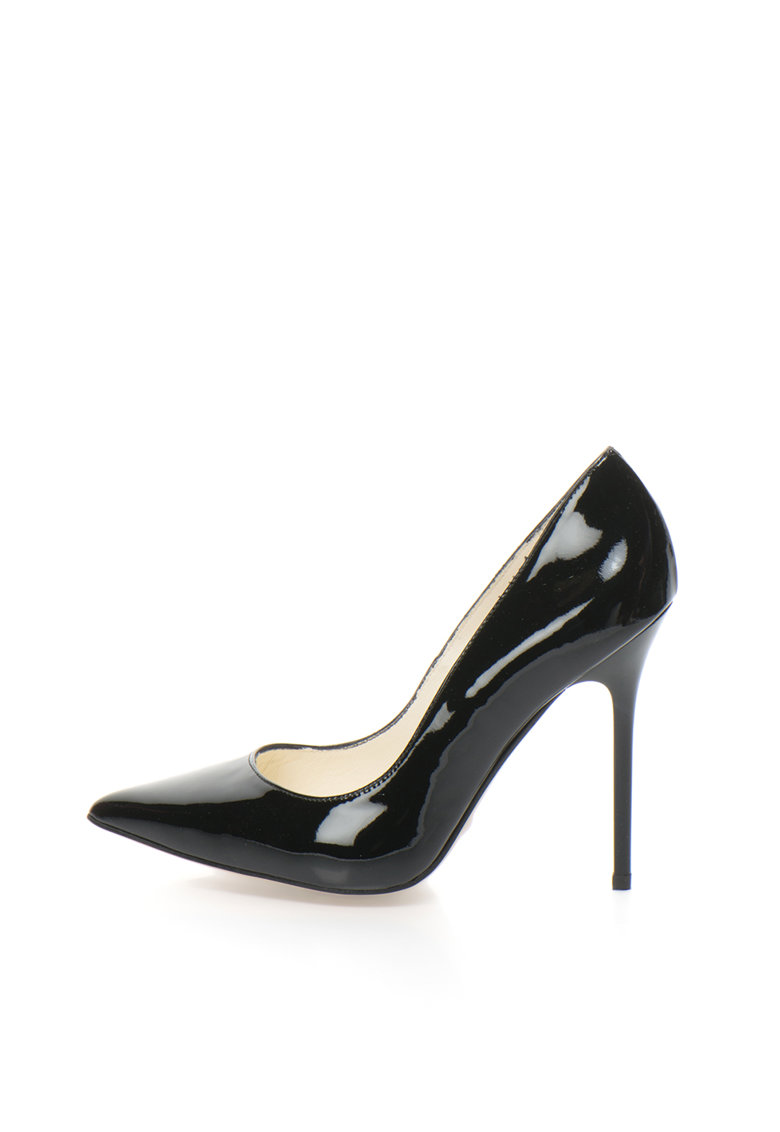 Pantofi lacuiti
