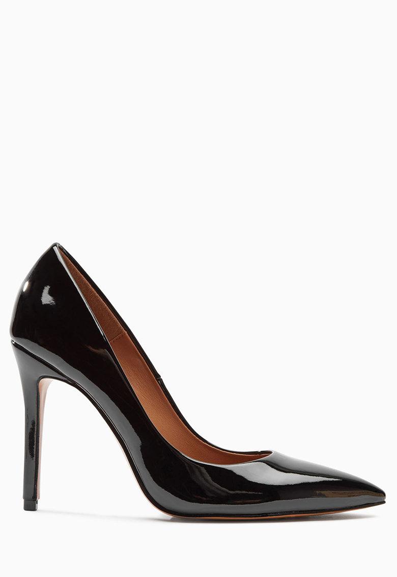 Pantofi negri cu toc stiletto