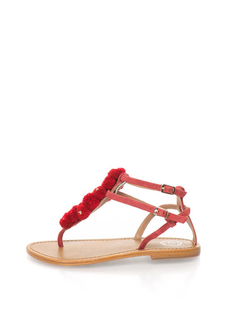Sandale rosu capsuna de piele intoarsa cu bareta T de la WHITE SUN