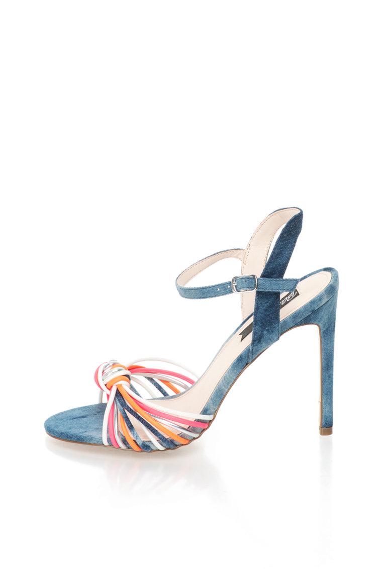 Sandale cu toc inalt si design rasucit de la Blink