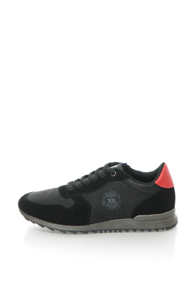 Pantofi sport cu detaliu contrastant de la Xti