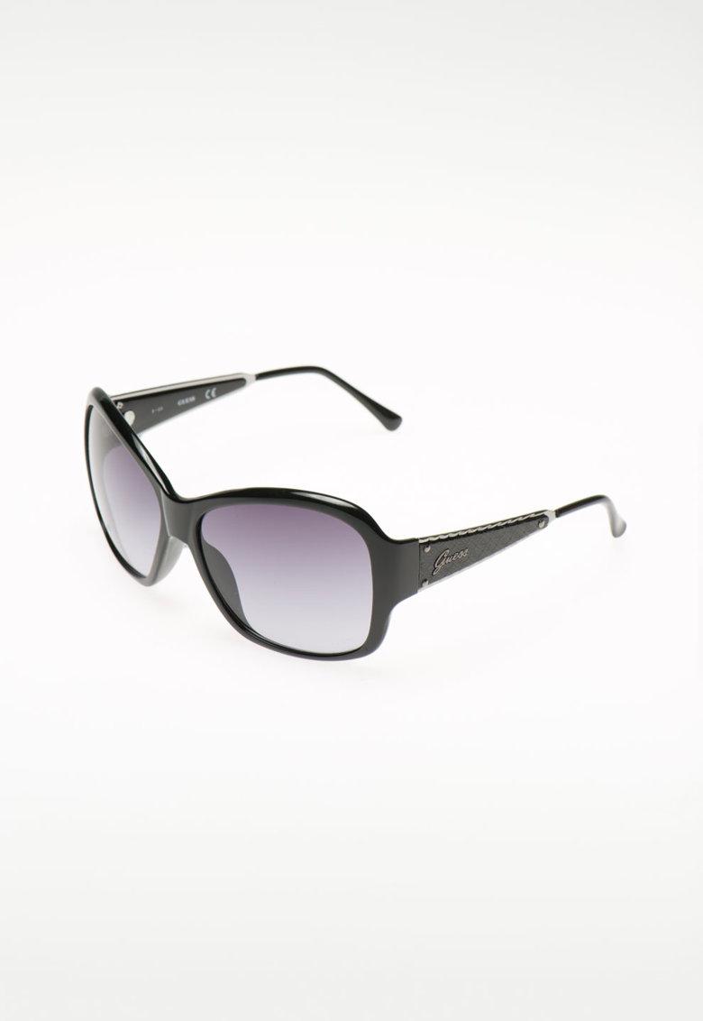 Ochelari de soare cu logo pe brate de la Guess