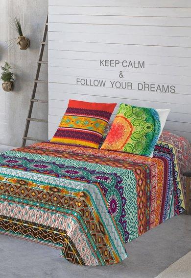 Cuvertura de pat multicolora cu imprimeuri diverse de la Naturals