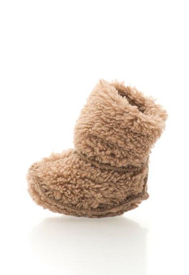 Cizme de casa maro nisip din material teddy