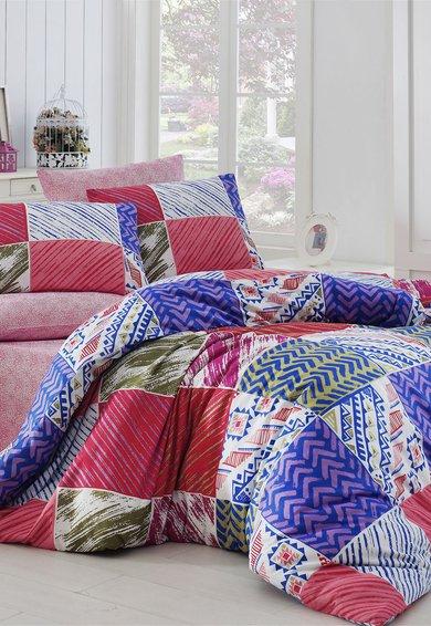 Set de pat multicolor cu diferite imprimeuri de la Leunelle
