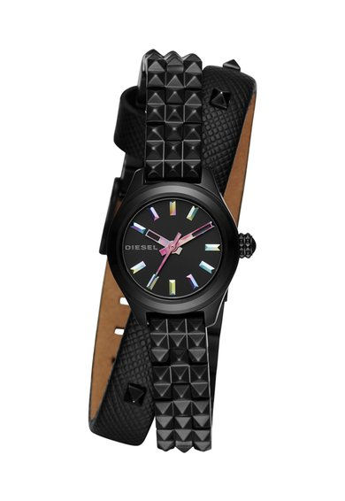 FashionDays.ro: Ceas negru cu o curea infasurabila Diesel