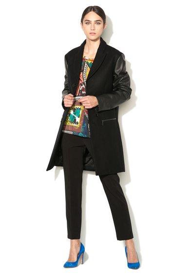 FashionDays.ro: Haina neagra din amestec de lana cu maneci de piele sintetica VERSACE JEANS