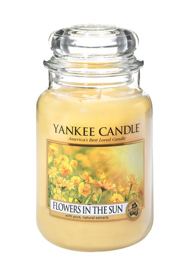 FashionDays.ro: Lumanare parfumata mare in borcan Flowers In The Sun Yankee Candle